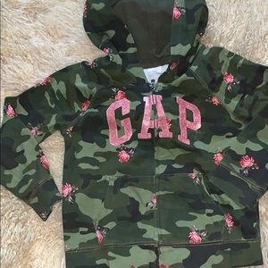 Gap girls camo hoodie size 4